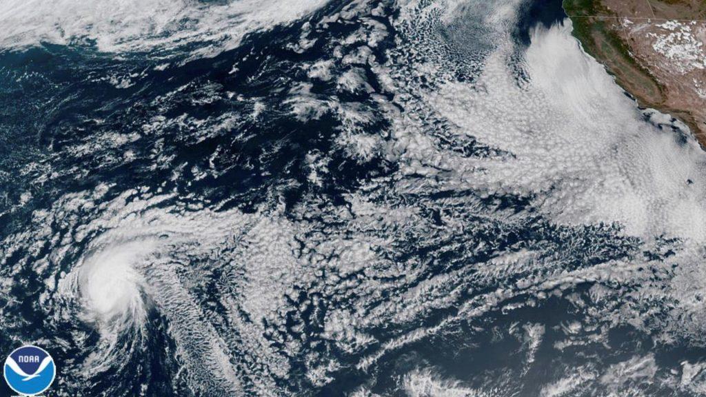 "Hurrikan ""Douglas"" bedroht Hawaii - Sturmflut vorhergesagt"