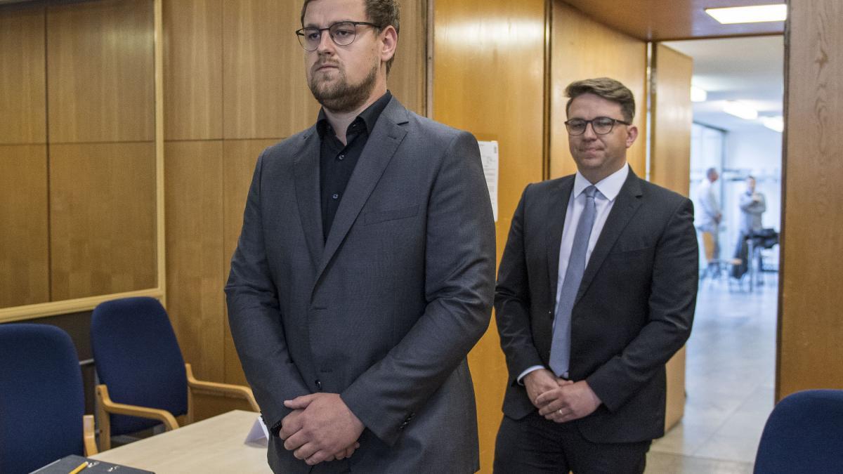 """Sohn von Walter Lübcke: """"Die Tat hat die Familie auseinandergerissen"""""""