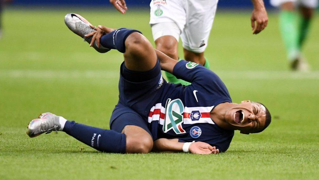 Der Sieg im Finale wurde teuer bezahlt: Brutales Foul trübt Tuchels PSG-Cup-Freude