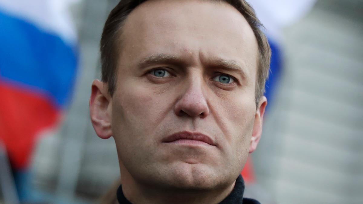 Merkel bietet die Behandlung von Navalny in einem deutschen Krankenhaus an