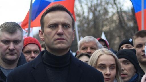 Russland: Kremlkritiker Navalny auf der Intensivstation